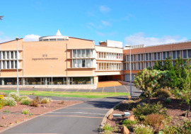 Escuela Técnica Superior de Ingeniería Informática (ULL)
